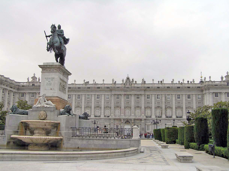 Statue of the horse in the Plaza de Oriente, Madrid