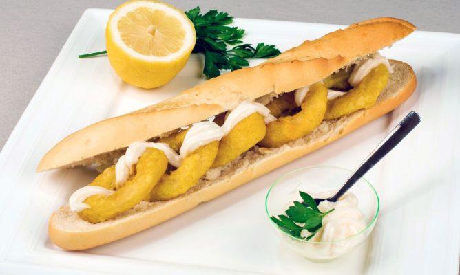 Bocadillos de Calamares - Squid Sandwich