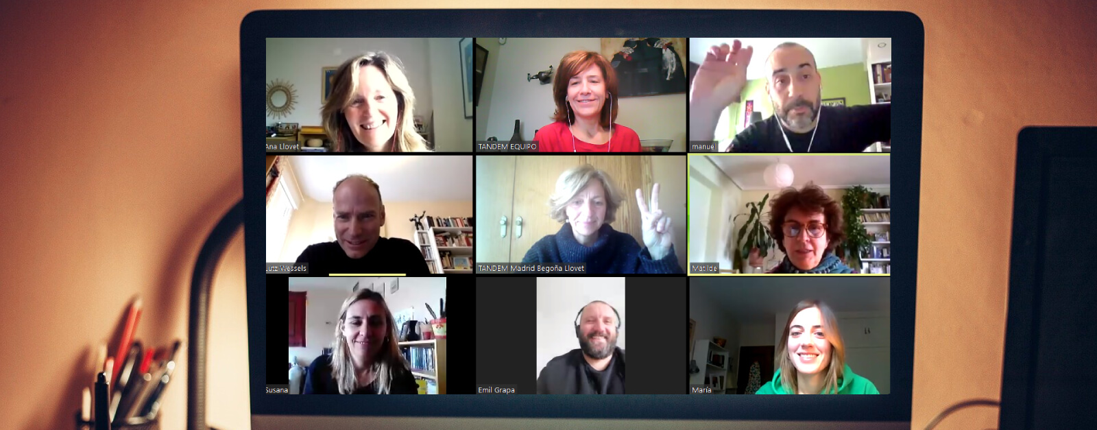 Header online videoconference