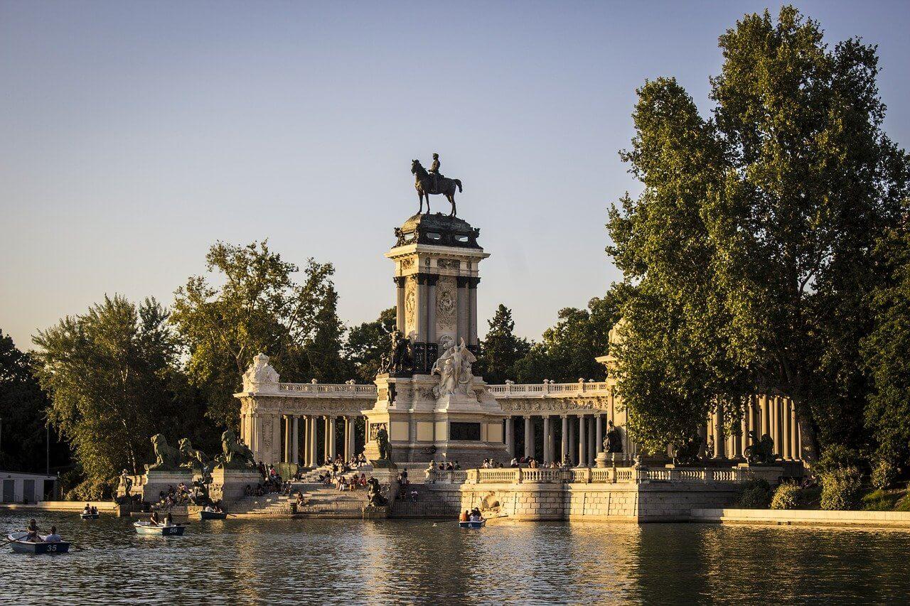 Boats Retiro park Madrid