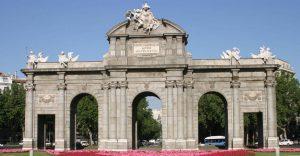 Puerta de Alcalá, Madrid (España)