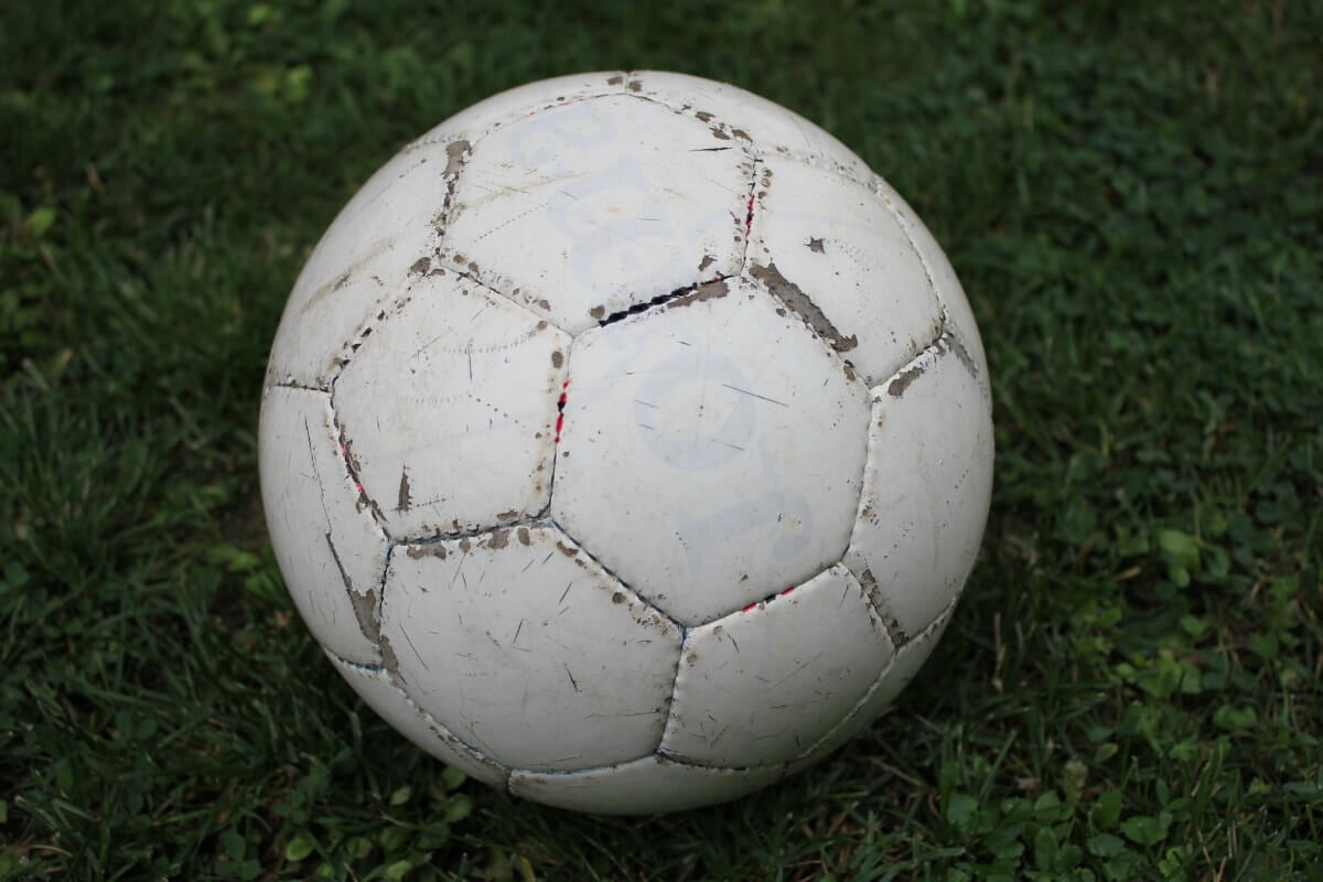 Vamos a jugar al futbol