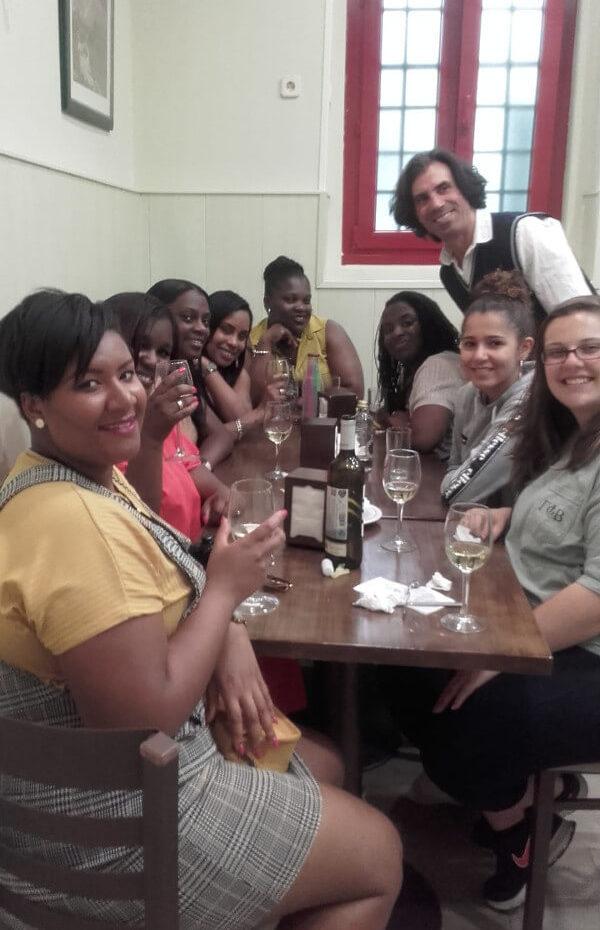 Visita de profesoras de St. Gabriel's School, de tapas por Madrid