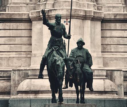 Don Quijote y Sancho Panza de Miguel de Cervantes.